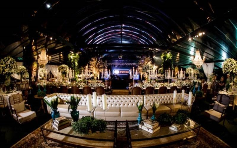 decoracao-tradicional-e-luxuosa-casamento-laura-luiz-e1432511597368